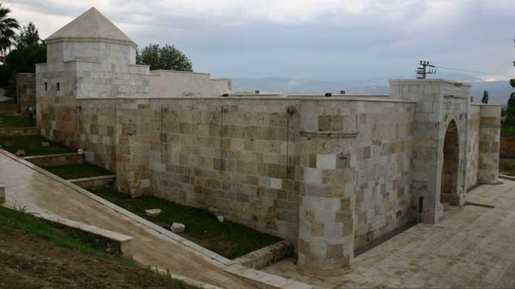 Akhan Kervansarayı